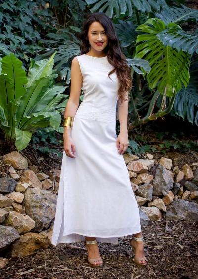 Vestido Trinidad bordado a mano